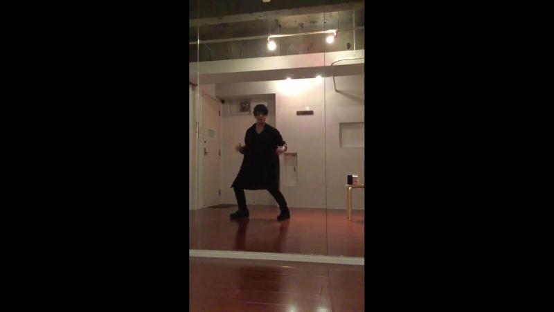 【G-DORAGON】WHO YOU_【踊ってみたかった】_クリスマス記念に。関係性あまりないけど、僕はこれを踊ってみたかった!!(踊れたとは言ってない)_画面 ( MQ )