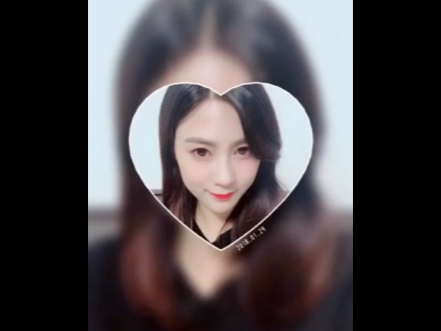 "Apink on Instagram ""[에이핑크] 🍫HAPPY VALENTINE DAY🍫 오늘 하루 세상에서 제일 달달한 하루를 🐼에게 선물하기 위해! 달콤한 초콜릿 만큼이나 더 달달한 핑수니들의 발렌타인데이 선물💝 Apink 오하영 HAYOUNG…"""