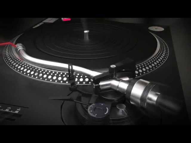 Blender 3D cycles - Technics MKII 1210 turntable animation