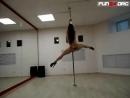 Brazers что же она вытворяет! стриптиз Pole dance