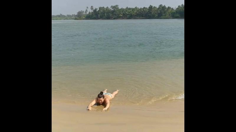Redi Beach (Paradise Beach)
