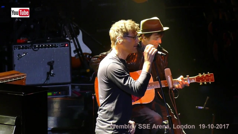 A-ha live acoustic - Take on me (HD) Full version - Wembley SSE Arena -19-10-201