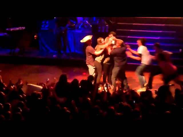 Demi Lovato Gets Hugged By Fan On Stage In Paraguay, South America