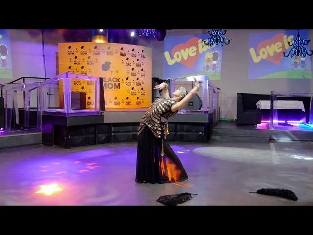 Kira Lebedeva Habibi Lal Love is party in Kiev