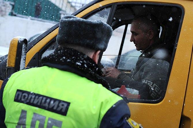 В Зеленчукском районе полицейские ищут нелегальных перевозчиков