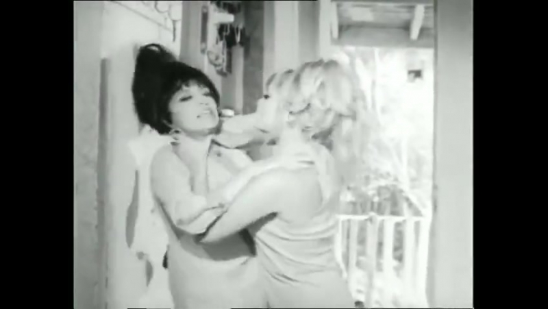Old_turkish_film_catfight_scene