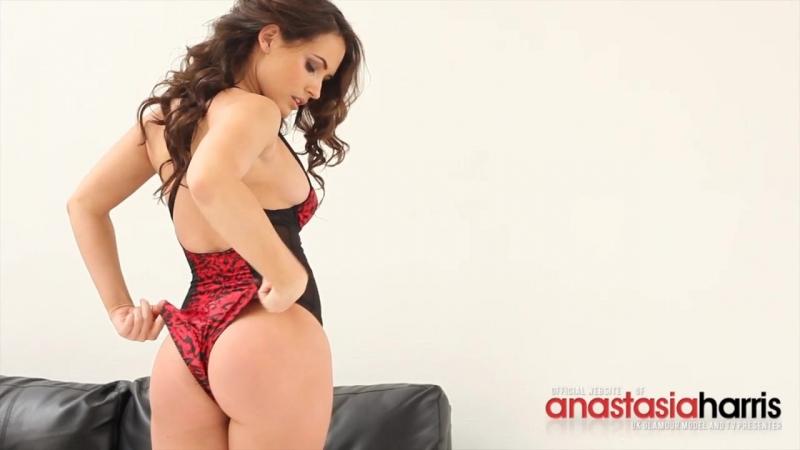 All natural tits - Anastasia Harris striptease 69