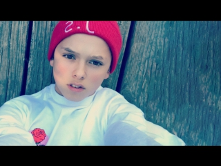 Jacob sartorius •  «skateboard»