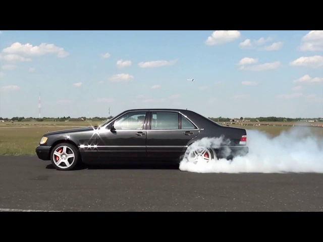 Mercedes S600 AMG Twin Turbo Acceleration and rolling Burnout