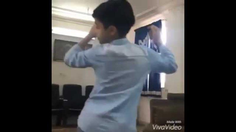 Mere rashke qamar Arab cute boy masty dance