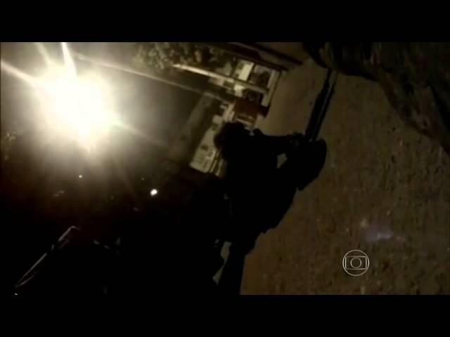 Veja intenso tiroteio entre traficantes, Polícia Militar e exército no RJ