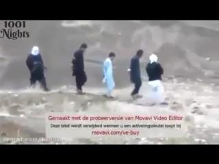 Перед казнью, заложник расстрелял террористов из их собственного оружия...