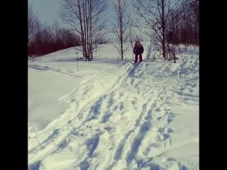 Лыжница Зоя или великолепное падение)))