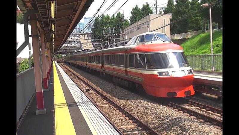 【小田急電鉄】7000形LSE ロマンスカー 参宮橋駅通過(1部4K) - railmanbros