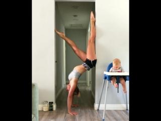 Такая спортивная мамочка