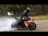 Yamaha R1 Long Burnout