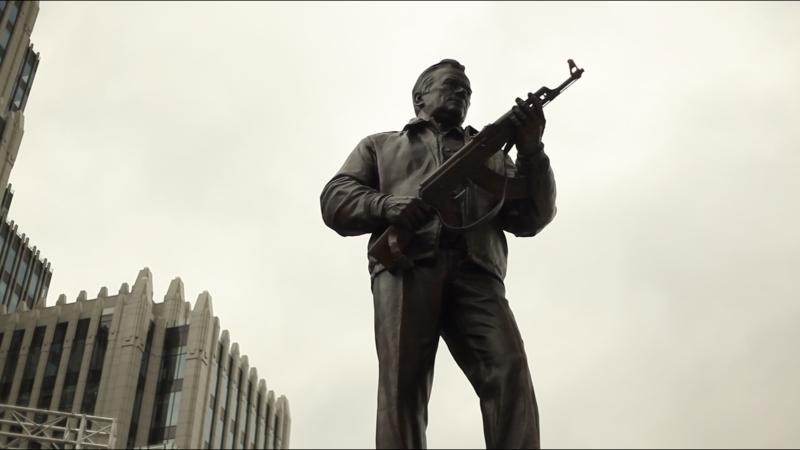 Памятник Калашникову в Москве: культурный бренд России