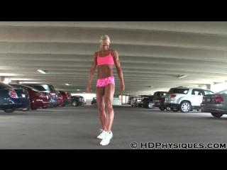 Tall woman - muscle amazon