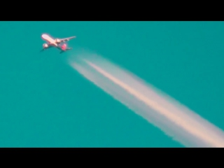 Нас травят как крыс, распыляя с самолетов химикаты. Химтрейлы часть 2 _ Pravda G
