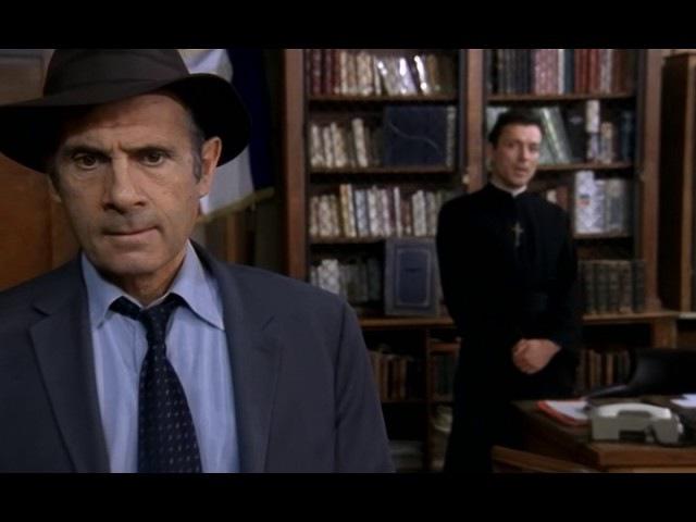 Нестор Бурма сезон 6 серия 5 Паника в Святом Патрике Nestor Burma - Panique a Saint-Patrick (2000)