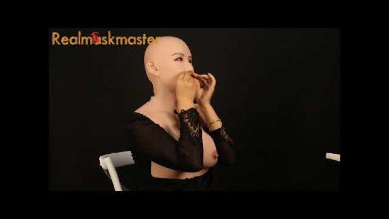 Realmaskmaster Muzi's mask wears video for crossdresser
