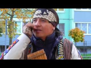 Movimiento indigena. Inty (Pakarina) and Rumi (Ecuador Indians).