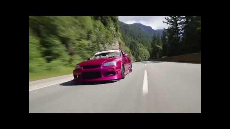 Nissan Skyline R34 GTT седан
