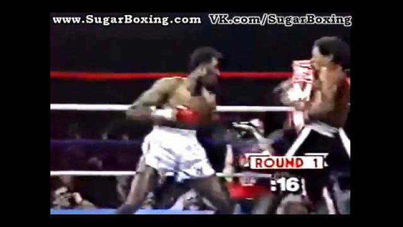 Wilfredo Benitez Rolls Under Right Hand Fighting Tommy Hearns