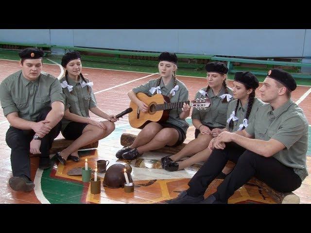 Участие учащихся 11А школы №5 в конкурсе - Смотр строя и песни. (Фрагмент из фильм...