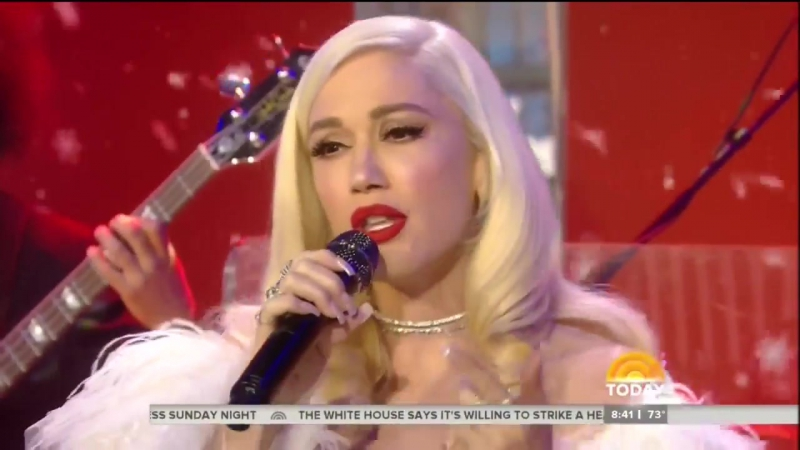 Gwen Stefani - When I Was A Little Girl (Live On Today Show 11⁄20⁄2017)