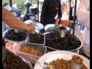 7окт 17г Камбоджа Лёша ест скорпиона и паука