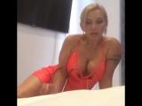 Зрелая русская МАМКА ДАВАЛКА сексуальная блондинка большая грудь сексвайф sexwife mom milf mature sexy big tits