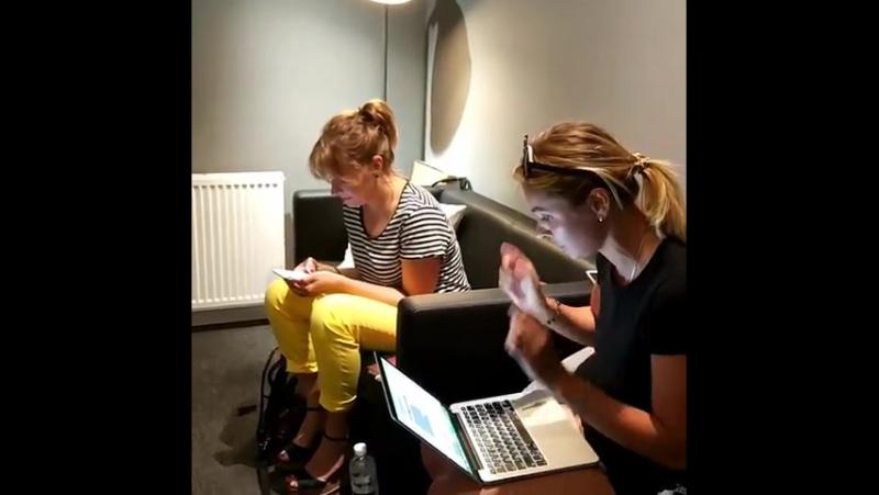 Сегодня немного поэзии🤓 Елена Кравец у микрофона » Freewka.com - Смотреть онлайн в хорощем качестве