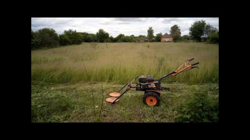 Косим траву мотоблоком