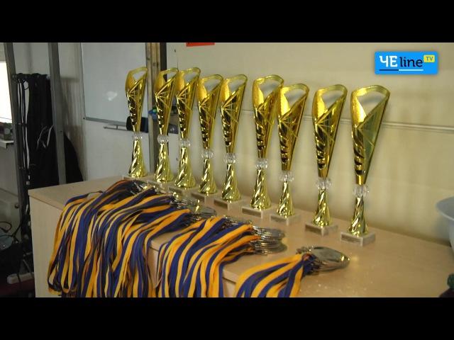 Железо мышцы рекорды в Чернигове проходит турнир по пауэрлифтингу