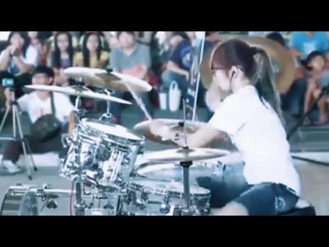 Cewek Main Drum Keren Top Skill | Moves Like Jagger-Maroon 5