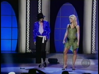 Michael Jackson - The way you make me feel (with Britney Spears) (NYC, Madison Square Garden, 7 сентября 2001 года)