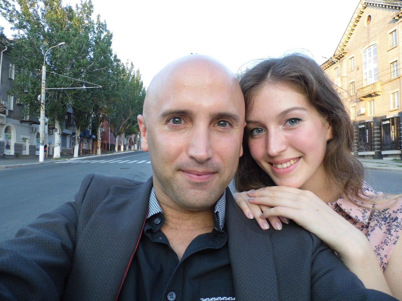 Грэм Филлипс помолвлен с луганчанкой