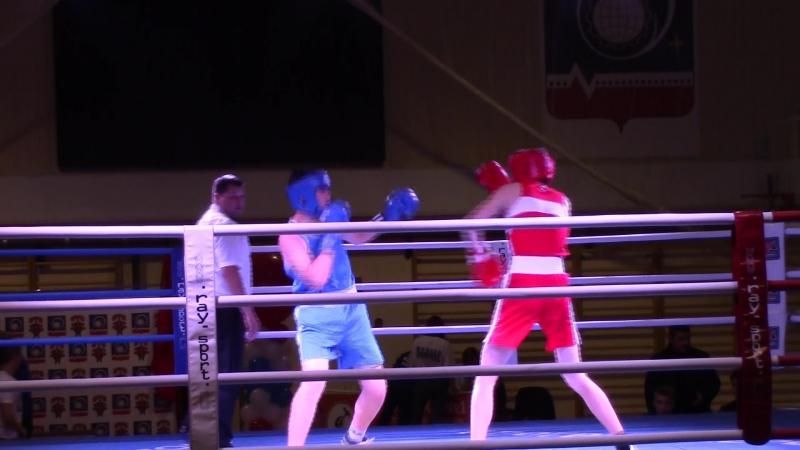 Бокс. Соревнование в Королёве. Финал. Победа с одним нокдауном.