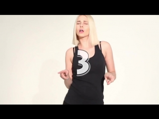 Как танцуют девушки в клубах. Демонстрация женских плясок.