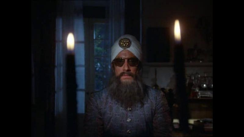 Дом ужасов Хаммера / Посетитель из могилы (Visitor from the Grave)