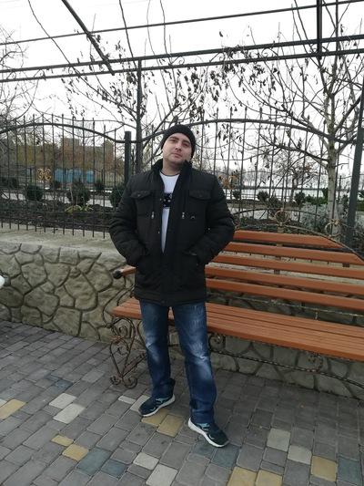 Олег Аккерман