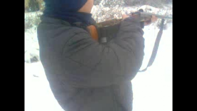я стриляю з татового ружа 2 рази і прямо в бутилку
