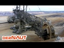 Schaufelradbagger 258, Tagebau Garzweiler! Bucket-wheel excavator close up! Daylight