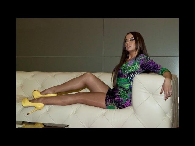 Девушки в секси мини юбках (выпуск 4). Girls in sexy miniskirts (vol.4)