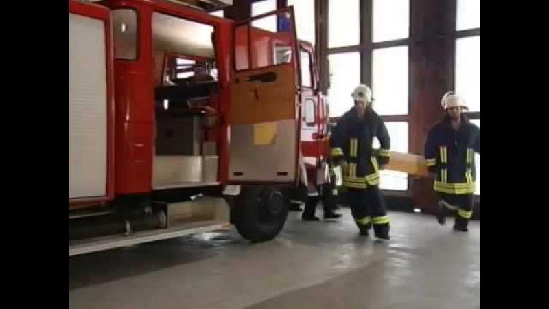 Alarm bei der Feuerwehr. (Lustiger P*rnodialog)