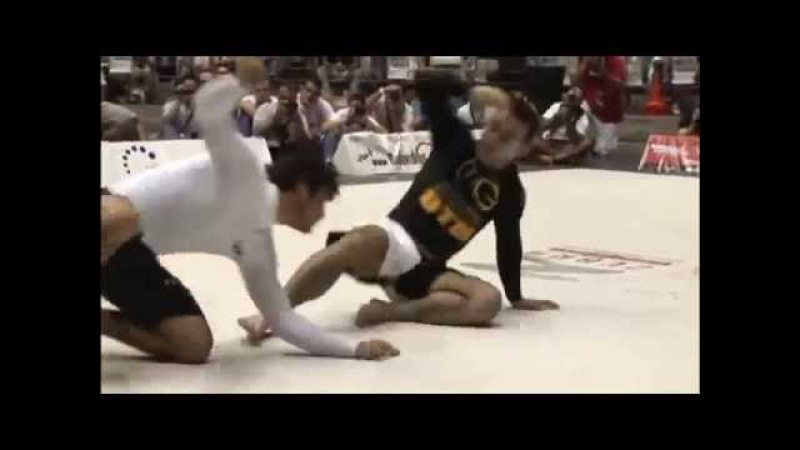 The Jiu Jitsu Genius vs Kron 'Flat Earth' Gracie (2009 ADCC, 77-KG, 1/4F)