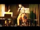 MARTIN ALVARADO sings the art of the Exposito brothers