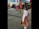 Тея тоже хочет быть гимнасткой :)))))