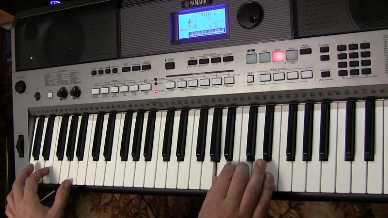 Светка Соколова на синтезаторе Yamaha PSR E443 в медленном темпе (разбор)